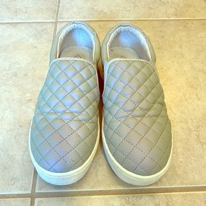 Justice Y3 Iridescent Slip-On Shoes